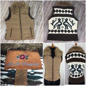 BB Dakota Cowichan Faux Fur Sweater Vest Size L
